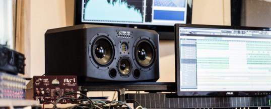 Technik-Update: ADAM S3X-H auf die Ohren!